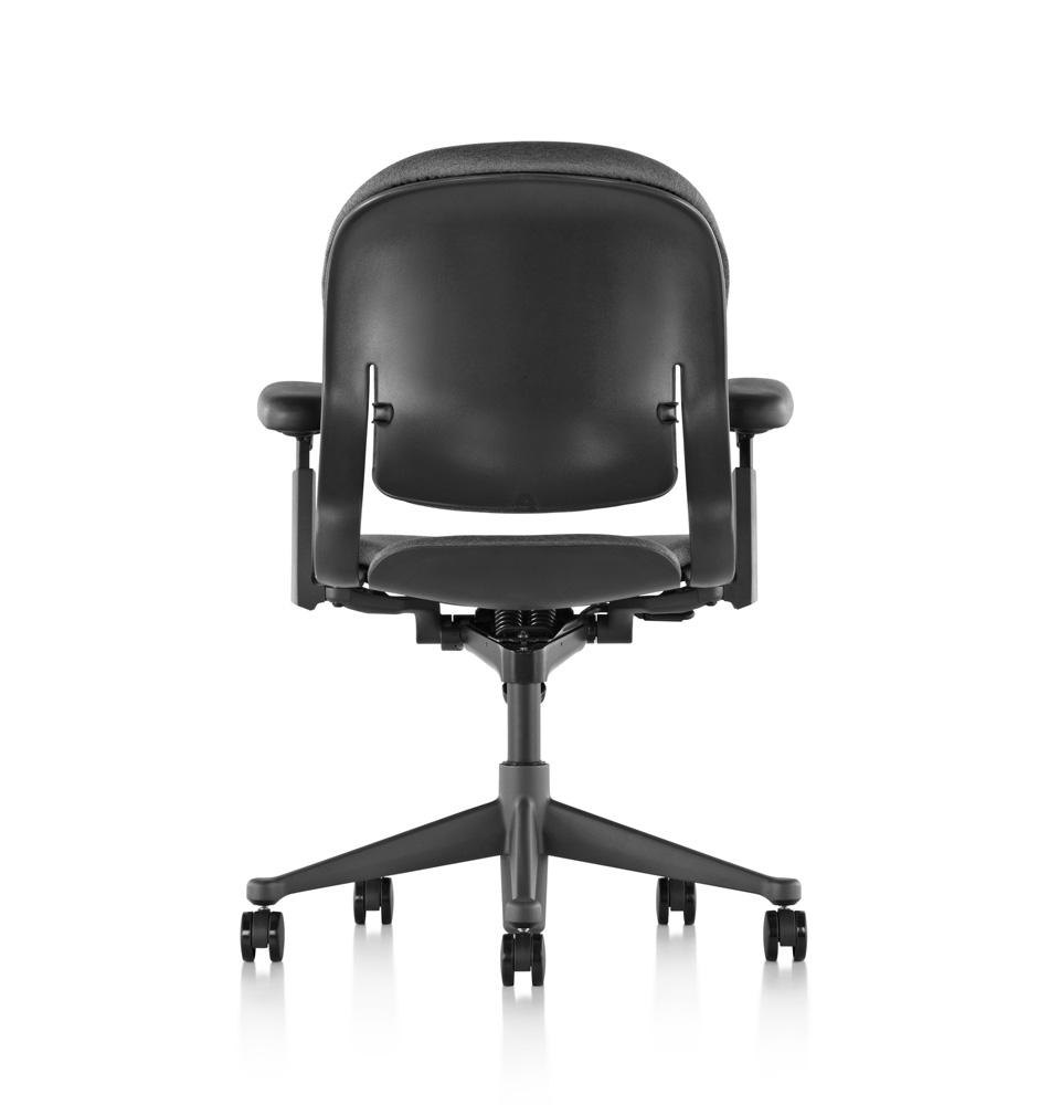 galeria-koff-sillas-equa2-trabajo-3