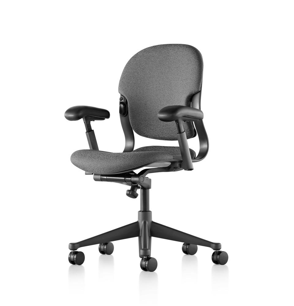 galeria-koff-sillas-equa2-trabajo-4