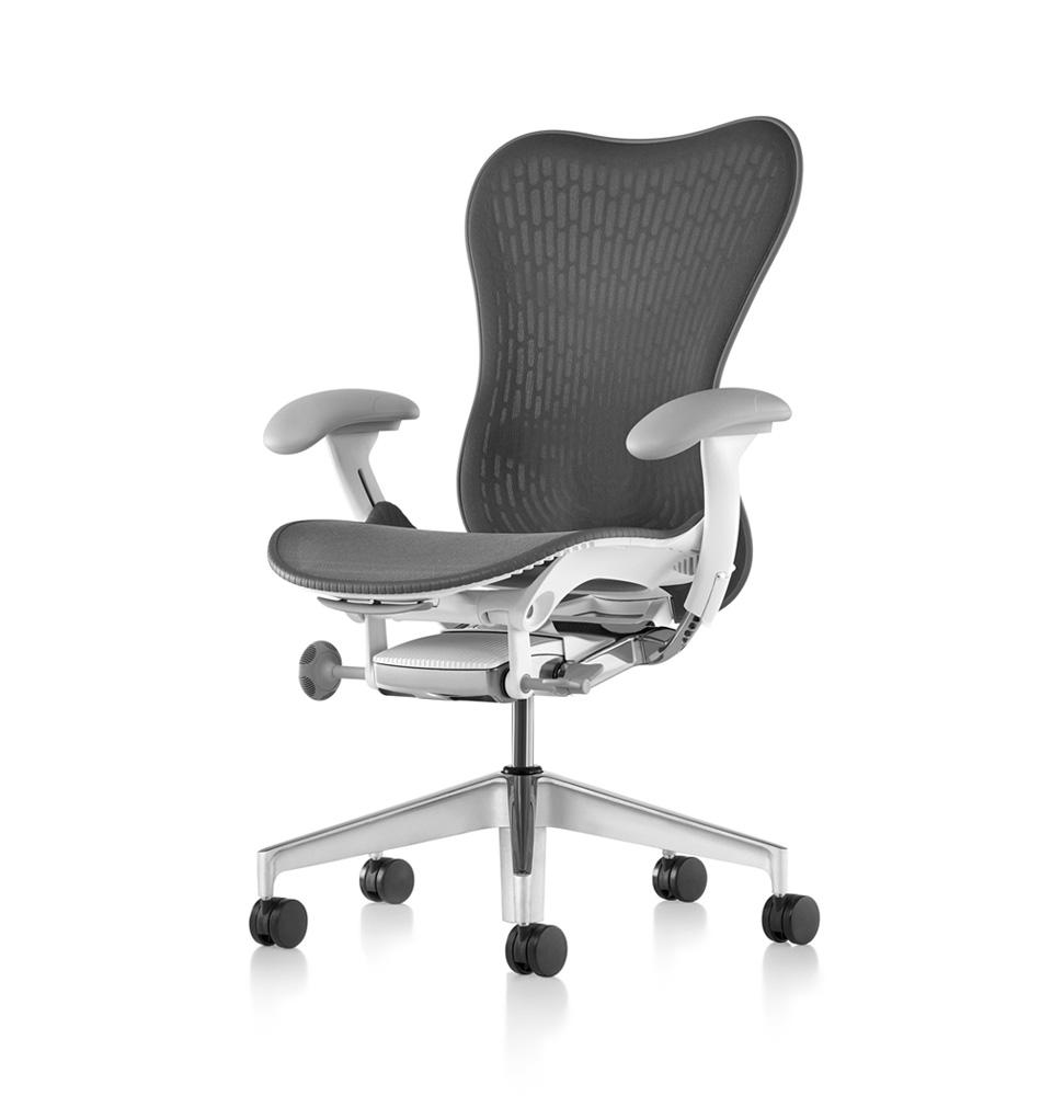 galeria-koff-sillas-mirra2-trabajo-1