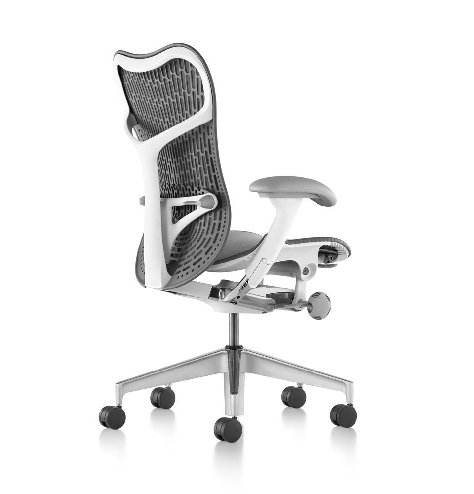 galeria-koff-sillas-mirra2-trabajo-3