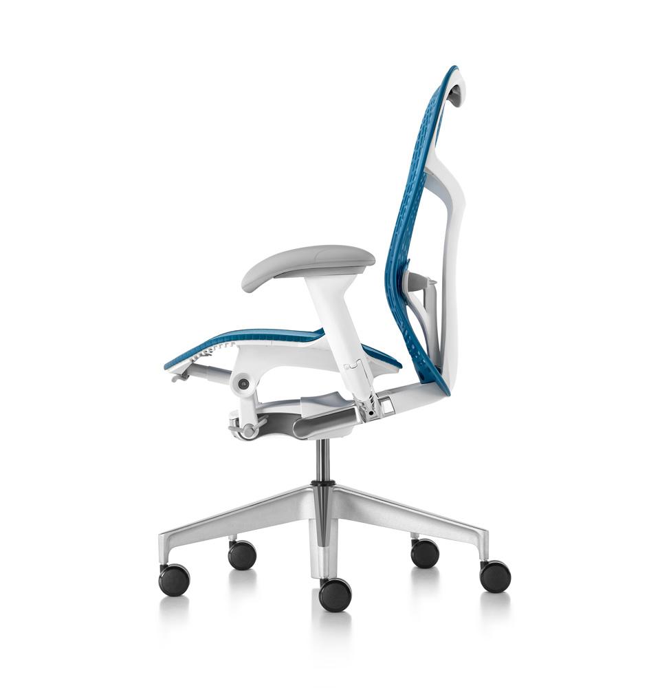 galeria-koff-sillas-mirra2-trabajo-6